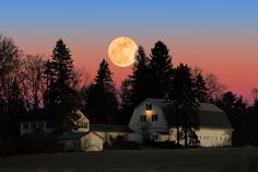 Photograph Rural Moonrise by Larry Landolfi on 500px