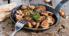 Μανιτάρια «μπεκρή μεζέ» Wiener Schnitzel, Greek Dishes, Greek Recipes, Buffet, Vegetarian, Yummy Food, Vegan, Chicken, Kitchens