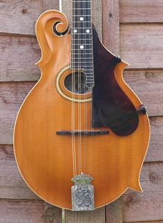 The Mandolin Archive: 1909 Gibson F4 Mandolin #9100
