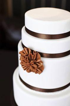 simplistic brown ruffle cake
