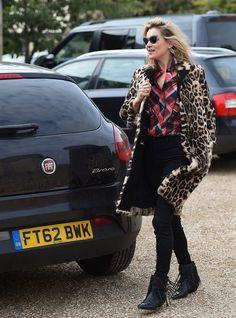 kate moss style plaid shirt leopard coat