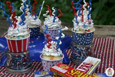 Never too early to start planning- Sparkler Cupcakes for Fourth of July w/ #DuncanHines Classic White Cake Mix from blogger Hoosier Homemade