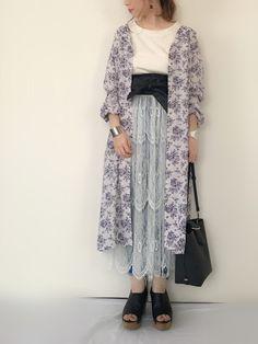 こんにちは*  今日は2色買いした GUの花柄ワンピの 白を着ましたー🌷⋆*  このワンピをガウンとして着て レーススカートと合わせたくて😌💕  最近またサッシュベルトが 大活躍してくれてます♡⃛ 今度はガウンの上から サッシュベルトしてみようかな☺️💫    *⋆⋆*·̩͙*⋆⋆*·̩͙*⋆⋆*·̩͙*⋆⋆*·̩͙*⋆⋆*·̩͙*⋆⋆*·̩͙*⋆⋆*     いいね♡・SAVE・フォロー  たくさんありがとうございます👼🏻💫   Instagram➳__alices2 Duster Coat, Kimono Top, How To Wear, Jackets, Instagram, Tops, Women, Fashion, Down Jackets