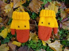 Knitted Duck Mittens Yellow/Orange for Boy or by miquemoriuchi, £10.00