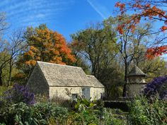 Cotswold Cottage | The Cotswold Cottage, the oldest building… | Flickr - Photo Sharing!