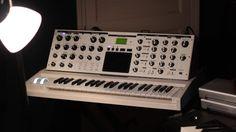 MATRIXSYNTH: White Moog Minimoog Voyager Performer Edition