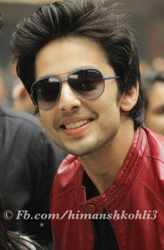 HIMANSH KOHLI Bollywood Actors, Bollywood Celebrities, Hee Man, King Of Hearts, Happy Vibes, Upcoming Films, Girls Dpz, Indian Celebrities, Handsome Boys
