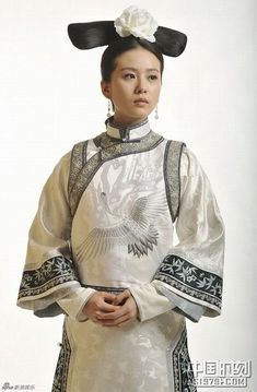 New TV Play Bubujingxin Qing Palace Maid Servant Costume White Embroidery Crane Costume Princess Clothes Princess Outfits, Princess Costumes, Movie Costumes, Princess Clothes, Traditional Fashion, Traditional Dresses, Traditional Chinese, Cheongsam, Hanfu