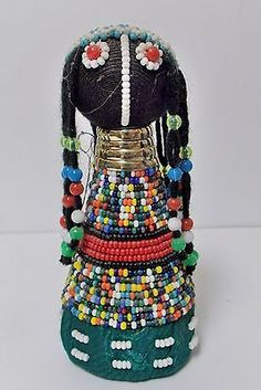 African Dolls, African Art, Kwazulu Natal, African Beads, Gourd Art, African Culture, Ethnic Jewelry, Bead Art, Fused Glass
