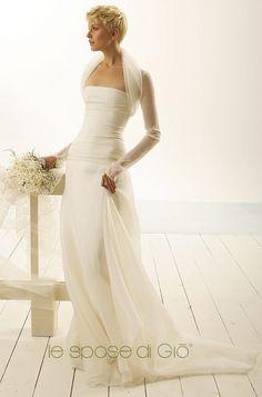 Brautkleider von Le Spose di Gio - Model No. 17 Fotografie Di Abiti Da Sposa fe7f740bdc8