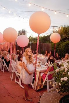 Outdoor baby shower! Balloons and flowers! So pretty! And the dress is amazing