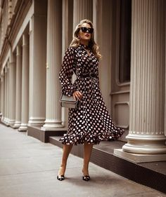 Fall-Winter fashion tips in 2019 vestidos Nyc Fashion, Office Fashion, Womens Fashion, Fashion Trends, Latest Fashion, Fashion Shoes, Winter Fashion, Fashion Tips, Fall Dresses