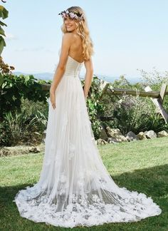 Romantic Lace Tulle Gown 225655 | Lillian West Bridal Gown | Bridal Elegance