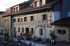 Gasthaus #Ribi, Oppikon Multi Story Building, Mansions, House Styles, Home Decor, Travel Destinations, Vacations, Viajes, Decoration Home, Room Decor