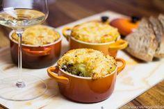 Den Namen für den herzhaften Kartoffel-Hackfleischauflauf Hachis Parmentier haben wir dem französischen Apotheker Antoine-Augustin Parmentier zu verdanken, der den Kartoffelanbau im 18ten Jahrhunde...