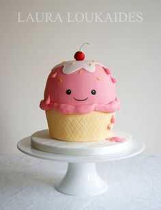 Ice Cream Cup Cake - by Laura Loukaides @ CakesDecor.com - cake decorating website