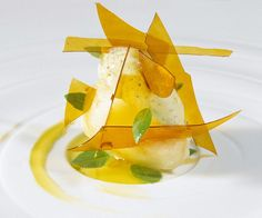 Lemon sorbet with frozen oil / dessert version - El Bulli