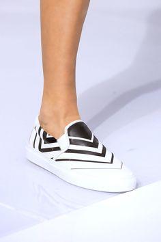 1092b5edd 77 лучших пар обуви Недели моды в Лондоне