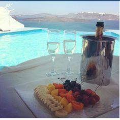 http://www.roomcritic.com/guest-photos-video-reviews/europe/greece/santorini/astarte-suites-hotel