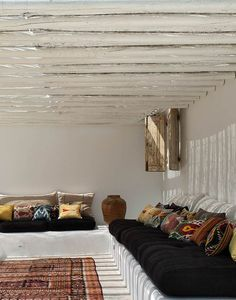 rug & cushions eXtraordinary -  simplicity ...