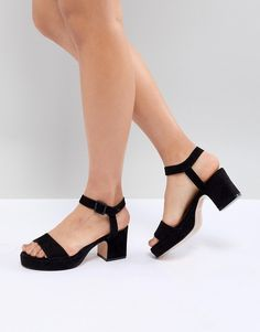 df8710b8e8b6 89 best Love those shoes images on Pinterest in 2018