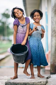 Big smiles from Myanmar young beauty November 2016 child Beautiful Smile, Beautiful Children, Life Is Beautiful, Beautiful People, Kids Around The World, We Are The World, People Of The World, Happy Smile, Smile Face