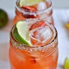 Fresh Strawberry Margaritas Recipe #recipe #vegan #beverages