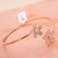 New Fashion Style Flowers Crystal Adjustable Women's Bangle