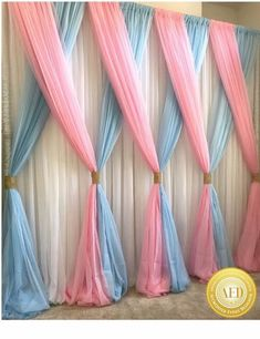 This Would Be Super Cute As A Backdrop For A Unicorn Birthday Party Orrr For Every Day Use In A Unicorn Themed Girls Room (diy party decorations for girls) Fiesta Shower, Shower Party, Shower Games, Baby Shower Gender Reveal, Baby Shower Themes, Shower Ideas, Baby Shower Wall Decor, Baby Shower Backdrop, Party Kulissen