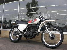 Yamaha: MX250