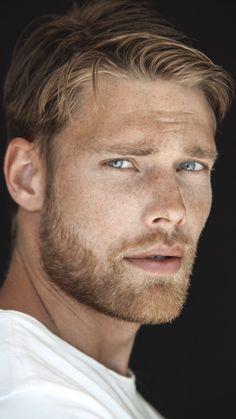 Inspiration for Sansor Blonde Guys, Men With Blonde Hair, Blond Men, Hot Men, Sexy Men, Beautiful Men Faces, Gorgeous Men, Swedish Men, Look Man