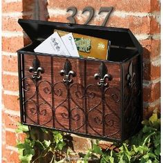 wall mount vintage mailbox