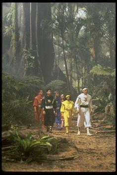 Power Rangers: The Movie production still. Power Rangers 1995, Power Rangers Ninja Storm, Mighty Morphin Power Rangers, Power Rangers Pictures, David Yost, Johnny Yong Bosch, Jason David Frank, Amy Jo Johnson, High School Musical 3