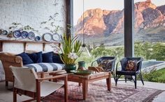 With its abundance of blooms and fynbos, this property just outside Stellenbosch is a haven for the botanically inclined