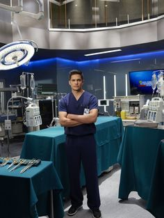 Nicholas Gonzalez (Good Doctor) : '' Mon père et mon frère son. Antonia Thomas, Hill Harper, Doctor Who Meme, Doctor Who Quotes, Freddie Highmore, Grey's Anatomy, The Good Dr, Serie Doctor, Medical Series