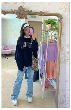 sara joy trendy outfit #retro #outfits #for #teens #vintage #style Indie Outfits, Retro Outfits, Teen Fashion Outfits, Cute Casual Outfits, Grunge Outfits, Trendy Outfits For Teens, 90s Grunge, Girly Outfits, Trendy Winter Outfits
