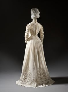 1908, Europe - Woman's Dress - Cotton crepe and cotton net with cotton embroidery