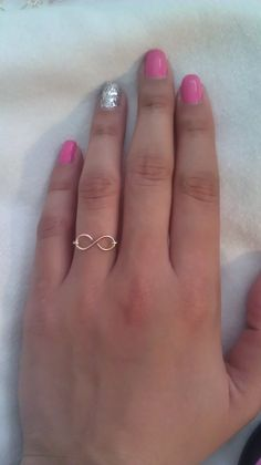 Infinity Wire Ring by CreativeWireJewelry on Etsy, $6.00 I really love the simplicity of this.