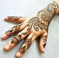 Hire a talented Mehndi or Henna Tattoo Artist for your event! Get quotes for Henna Tattoo Artists in Dallas, Texas and book on GigSalad. Latest Arabic Mehndi Designs, Mehndi Designs For Kids, Floral Henna Designs, Mehndi Design Images, Simple Mehndi Designs, Henna Tattoo Designs, Bridal Mehndi Designs, Mehandi Designs, Latest Mehndi