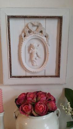 tableau style Shabby chic et romantique blanc albâtre encadrement doré : Décorations murales par les-intemporels