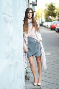 A way to style the envelope skirt more work appropriately, like the grey and pink mix