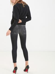 MOTHER®| The Looker Ankle Fray - Skinny - DENIM Mother Denim, Capri Pants, Black Jeans, Skinny Jeans, Ankle, Shopping, Collection, Women, Fashion
