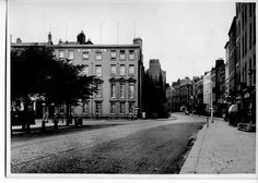Stephens Green looking towards Harcourt St, KPMG now have an office on this corner, Ireland Pictures, Old Pictures, Old Photos, Vintage Photos, Dublin Street, Dublin City, Gone Days, Photo Engraving, Ireland Homes