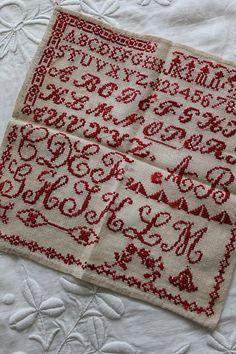 「フランスアンティーク 1930-アルファベットサンプラー 」ココン・フワット Coconfouato [アンティーク照明&アンティーク家具] アンティーククロス アンティークファブリック アンティークテキスタイル  ファブリック レース --cloth--