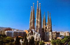 On my way to Barcelona... La Sagrada Familia by Antoni Gaudi http://spainemotions.blogspot.fr/2013/11/on-my-way-to-barcelona.html