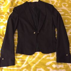 Express Suit Jacket Never been worn Express fitted one button jacket. This jacket has a disco ball looking closure for added fashion but also comes with an extra set of regular looking black buttons. Jacket is fitted and should land just above the hip. Express Jackets & Coats Blazers