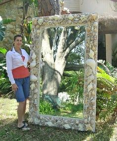 Wow, this is a big, natural, pretty seashell mirror!