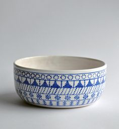 medium bowl - modranska (blue)