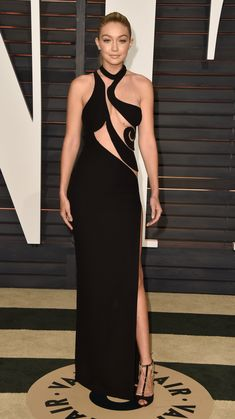 Who: Gigi Hadid Wore: Atelier Versace Where: 2015 Vanity Fair Oscar Party via @stylelist | http://aol.it/17SHLnT