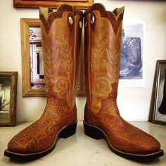 Custom Cowboy boot. Wheat uppers with brown elephant vamps. #beckcowboyboots #beckboots #customboots #boots #cowboyboots #handmadecowboyboots #madeintexas